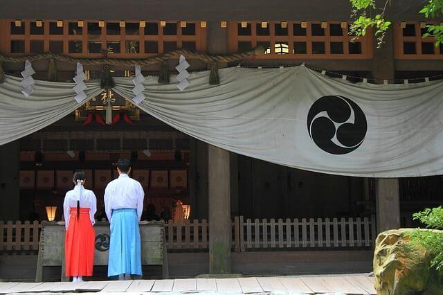 神社 参拝